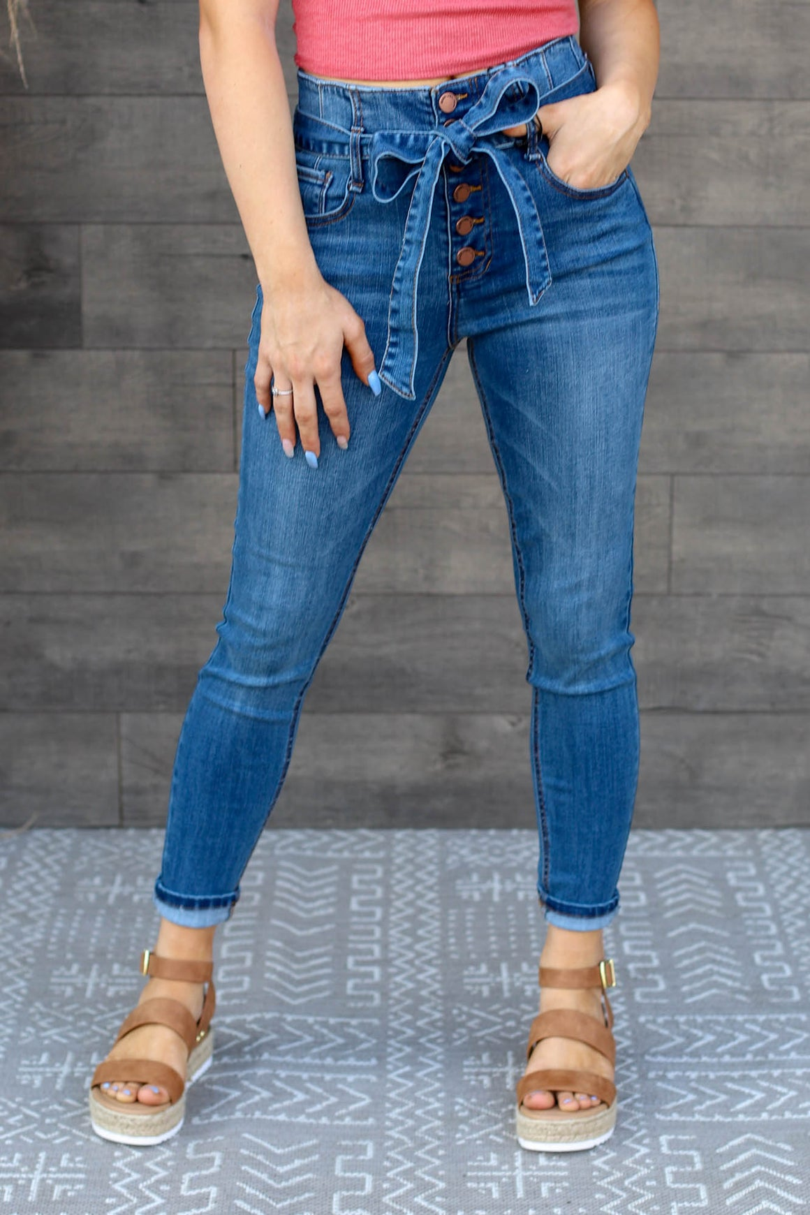 Darla High Rise Jeans: Dark Wash - ShopSpoiled