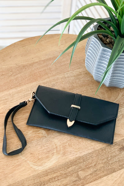 Rachel Wristlet: Black - ShopSpoiled