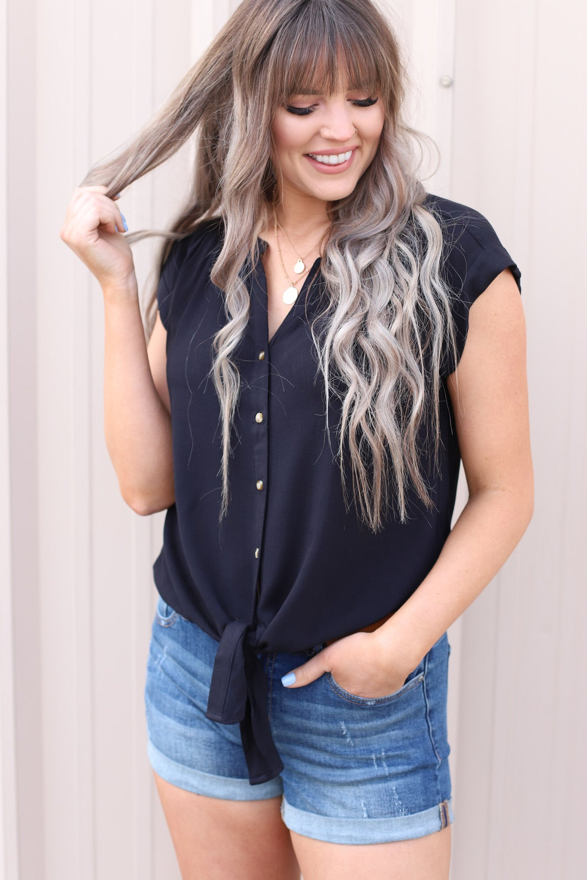 Sweet Side Top: Black - ShopSpoiled