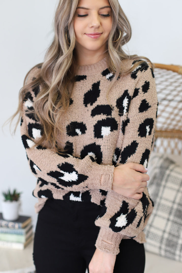 Henley Cheetah Sweater - ShopSpoiled