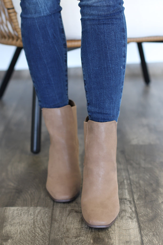 Sofia Booties: Taupe - ShopSpoiled