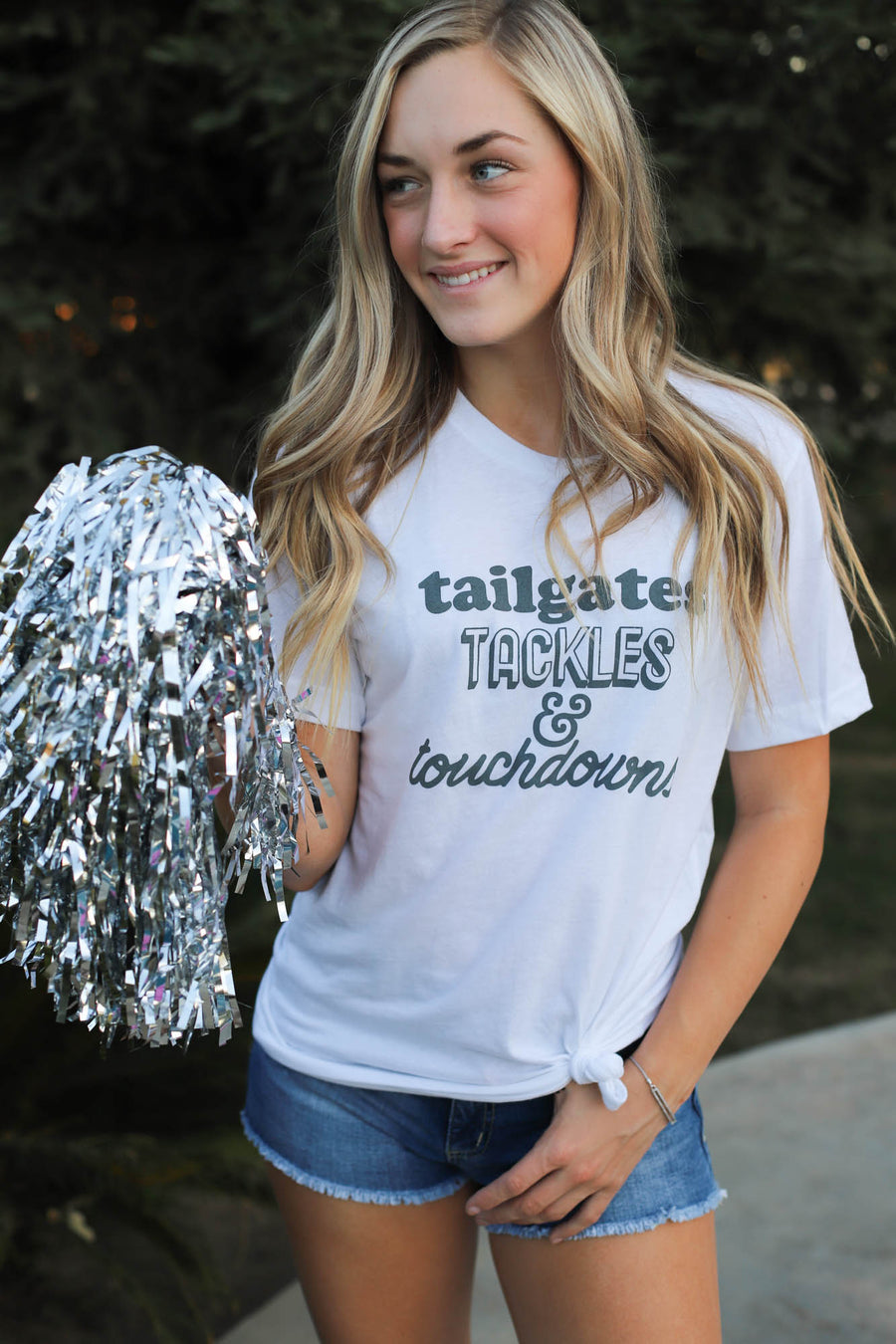 Tailgates Tackles Touchdowns - ShopSpoiled