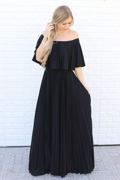 Show Stopper Dress: Black - ShopSpoiled