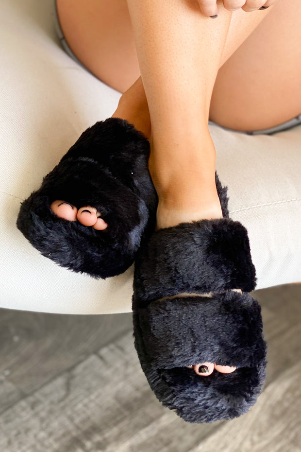 Goodnight Kiss Slippers: Black - ShopSpoiled