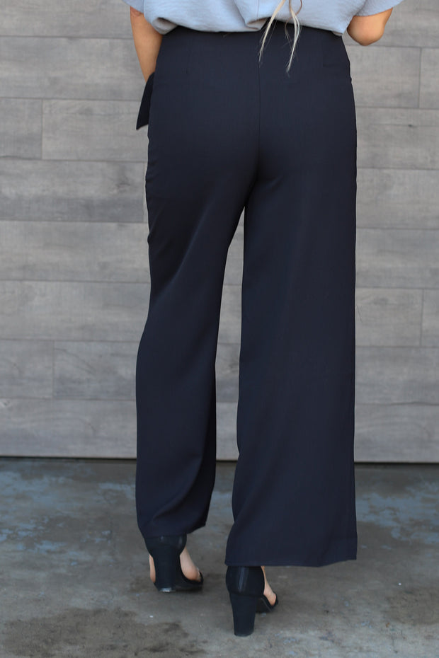 Right On Time Pants: Black - ShopSpoiled