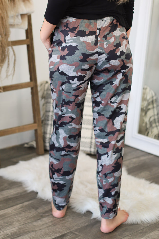 Classic Camo Joggers - ShopSpoiled
