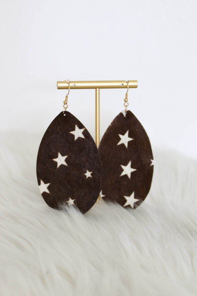 Sara Brown Star Leather Earrings - ShopSpoiled
