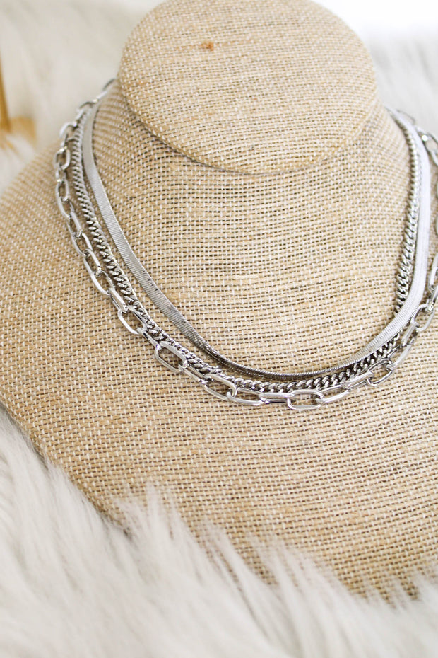 In The Details Necklace: Silver - ShopSpoiled