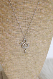 Boujee Days Snake Necklace: Silver - ShopSpoiled