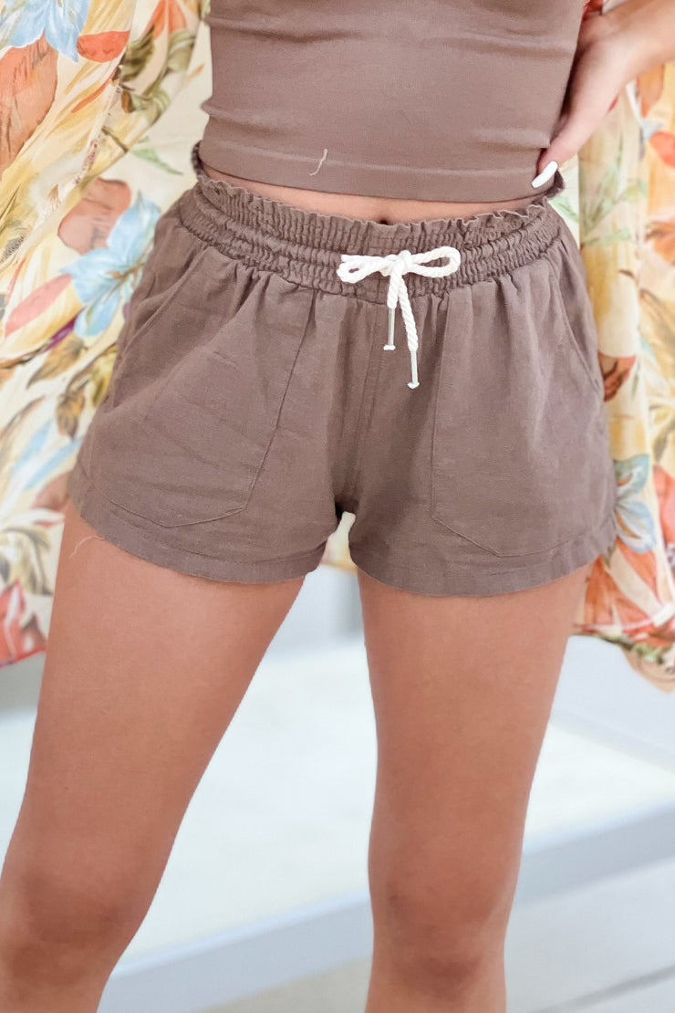 Beach Day Linen Shorts: Mocha - ShopSpoiled