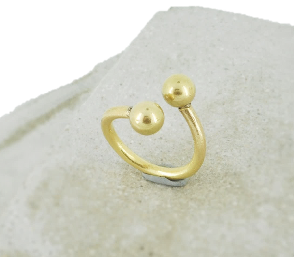 TWO DOTS RING
