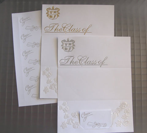 1555 - Class of graduation in silver or gold - 250 and 25 count with envelopes