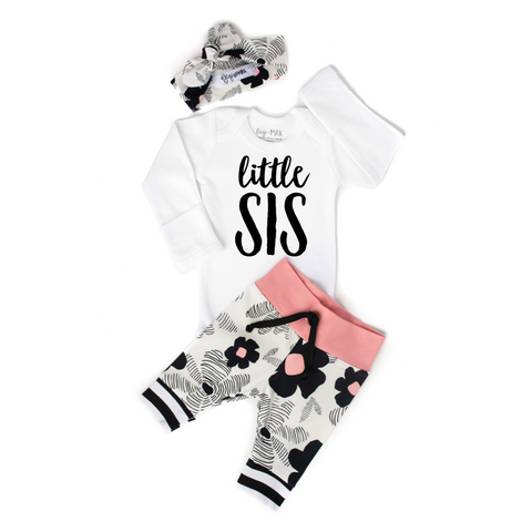 Little Sis newborn outfit Black and Pink Floral - Gigi and Max