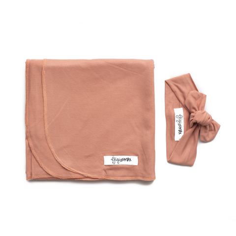 Molly Dusty Pink Lightweight Swaddle blanket - Gigi and Max