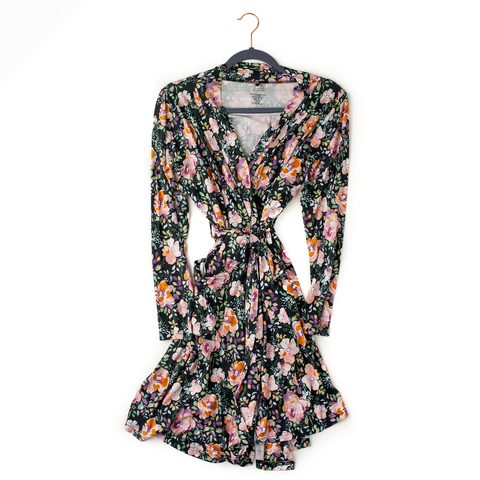 Willow Charcoal Floral Mommy Robe - Gigi and Max