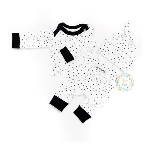 Monochrome Star Newborn Outfit Black and White