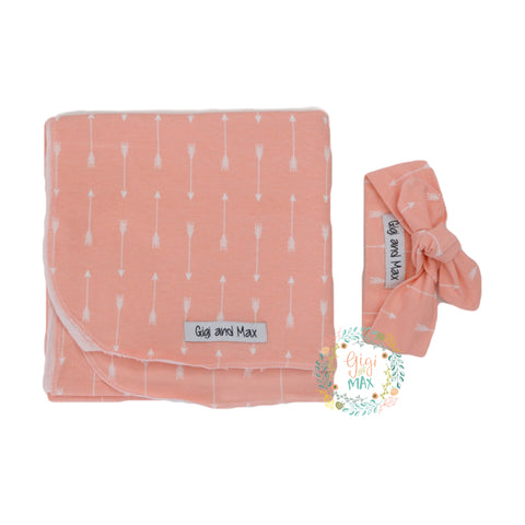 "Pink and White arrow Blanket Swaddle - 34"" x 34"" - Gigi and Max"