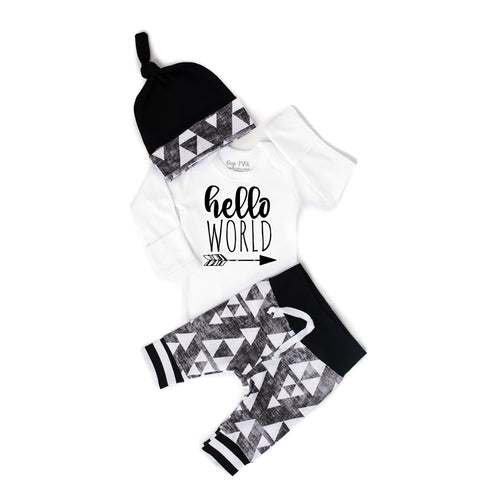 Hello World organic Black and Gray Triangle Newborn Outfit - Gigi and Max