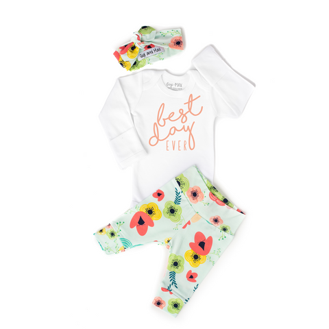 0-3 month - Floral on Light Blue  Best Day Ever Outfit - Gigi and Max