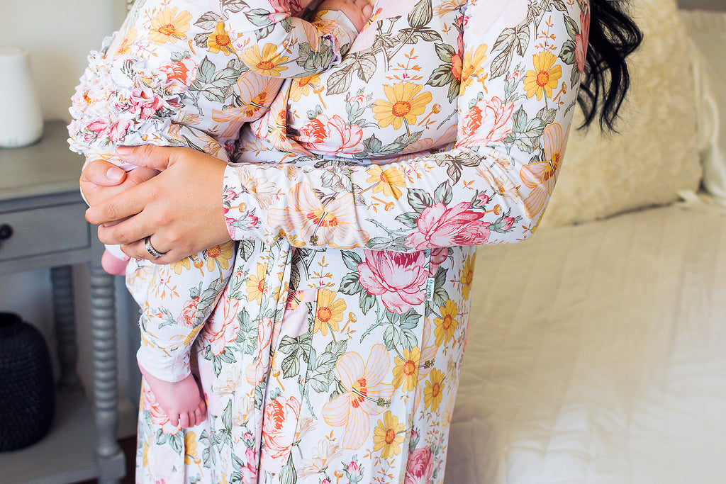 Nella Vintage Floral Mommy Robe - Gigi and Max
