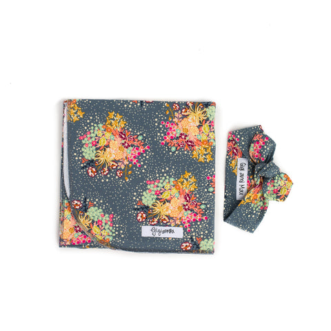 "Floral Bloom Swaddle blanket - 34"" x 34"" - Gigi and Max"