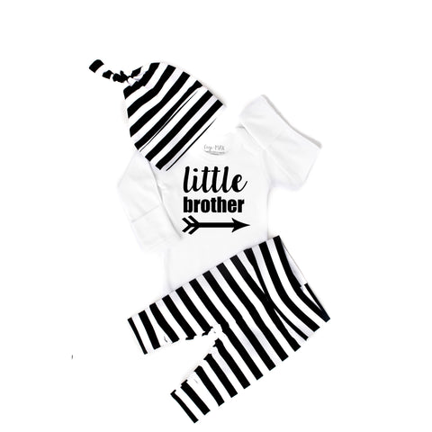 Little Brother newborn outfit wide stripe - Gigi and Max