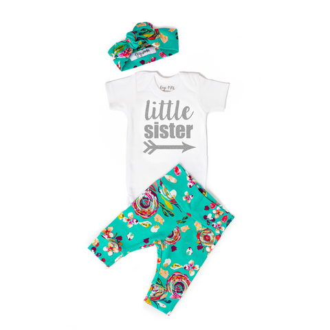 Teal Floral LITTLE SISTER Newborn Outfit - Gigi and Max