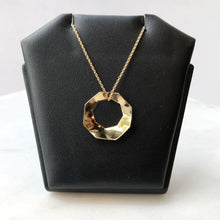 Load image into Gallery viewer, Octagon Flow Necklace