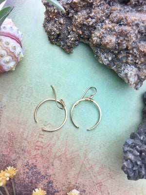Sans-Stone - Crescent Earrings Small - 14k Gold Fill - The Bead N Crystal & Enclave Gems