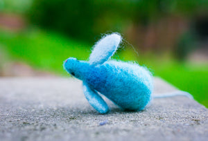 Fuzz! Felted Catnip Mouse Cat Toy in Summer Blue