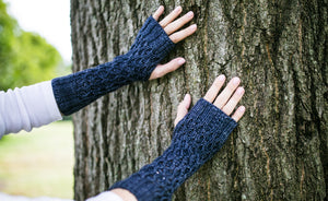 Honeycomb Texting Gloves in Slate