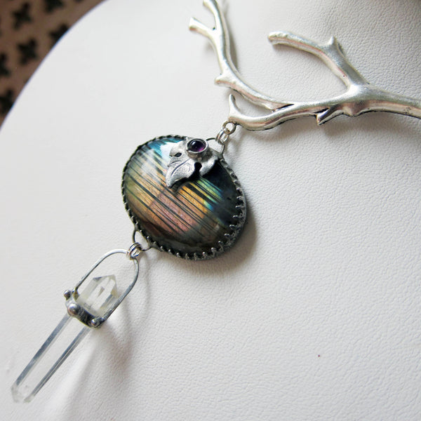 IN THE RAINBOW GROVE Quartz and Labradorite Pendant