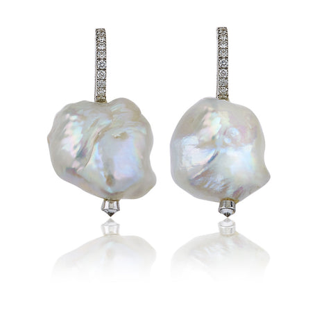 Keshi white pearls earrings