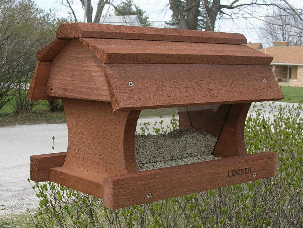 Hanging Barn Feeder SE554 - Holds 2.5 Quarts