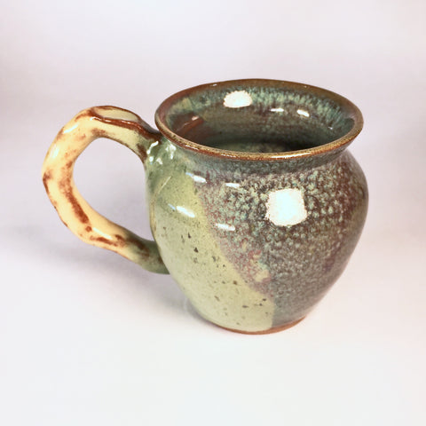 Delicate Teacup with Exquisite Glaze Colors and Effects!
