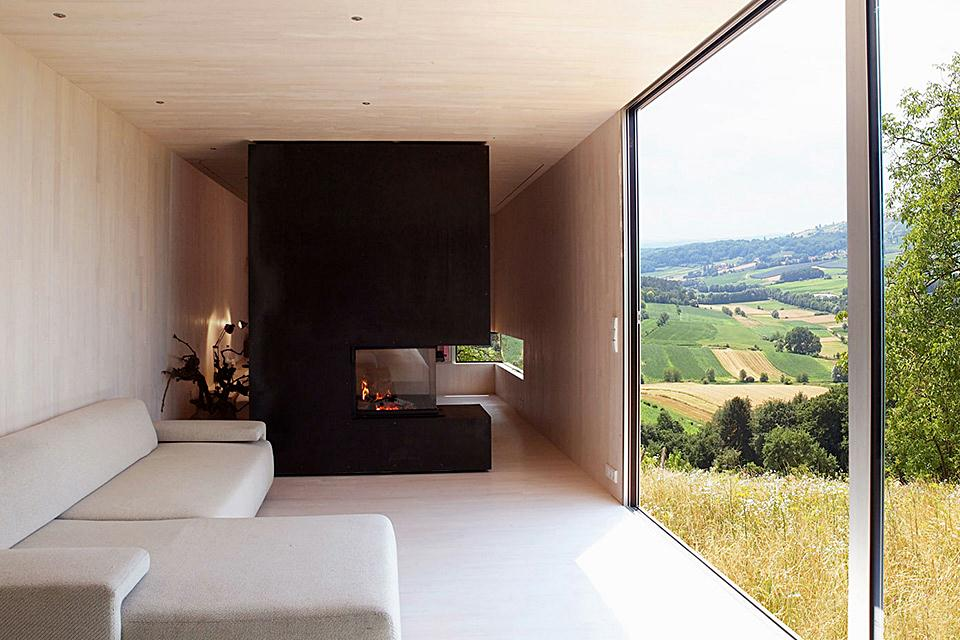Outsourcesol-Casa-Invisible-House-Interior-austria