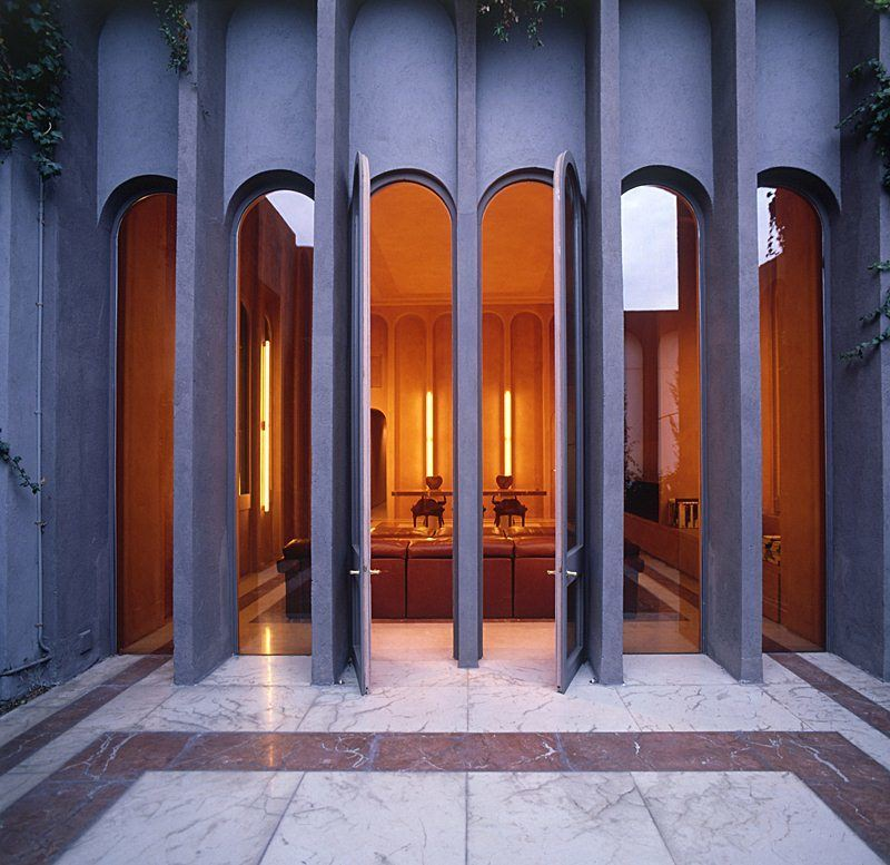 Ricardo-Bofill-cement-factory-house-12