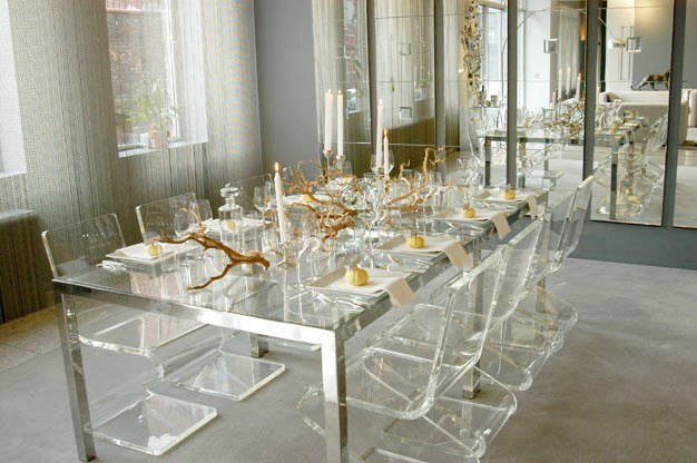 Thanksgiving-Table-Setting-Lucite