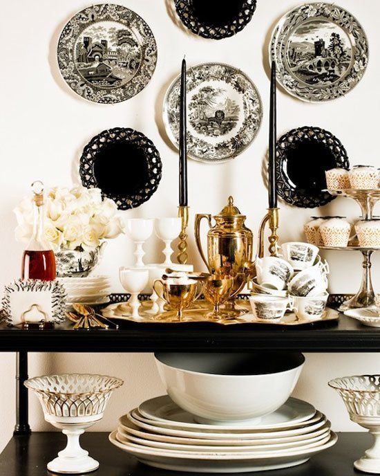 toile-decorative-wall-dishes