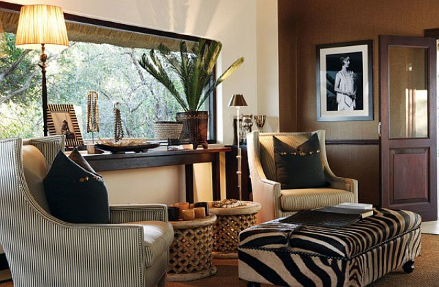 tribal-themed-interior-design-color-living-room-0