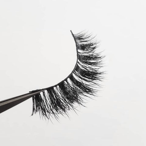 Exaggerate Me 3D Real Mink Eyelash Strip - LaashLashes