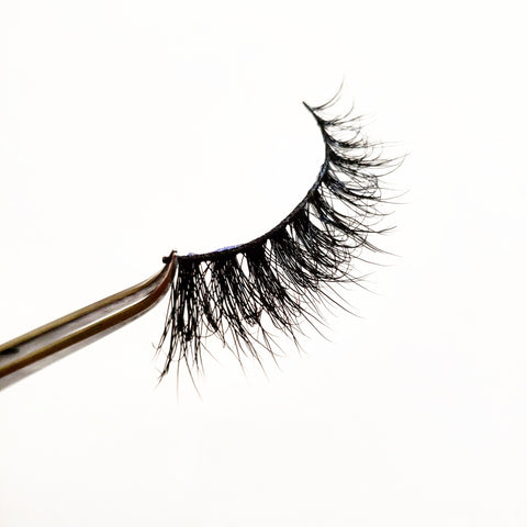 Au Naturel 3D Real Mink Eyelash Strip - LaashLashes
