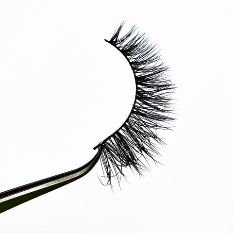 Femme 3D Real Mink Eyelash Strip - LaashLashes