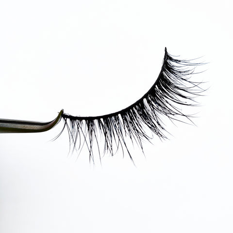 Doll face 3D Real Mink Eyelash Strip - LaashLashes