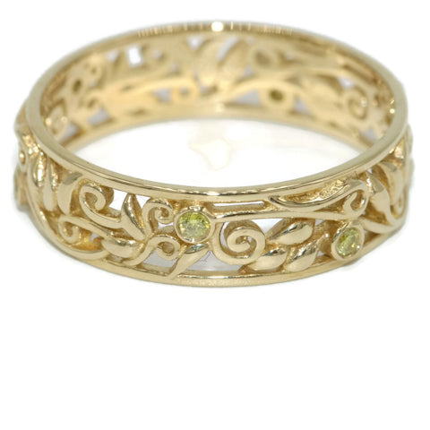 Leaves and Vines Wedding band