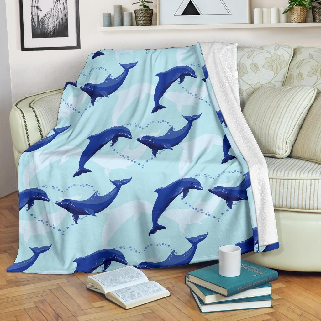 Dolphin Heart Pattern Fleece Blanket