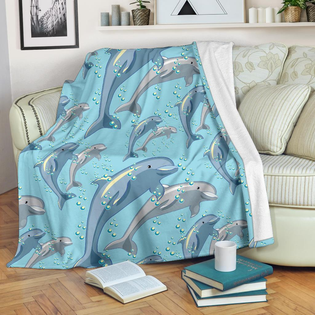 Dolphin Print Pattern Fleece Blanket