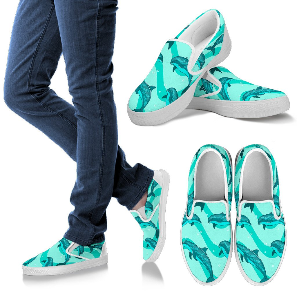 Dolphin Wave Print Men Slip On Shoes