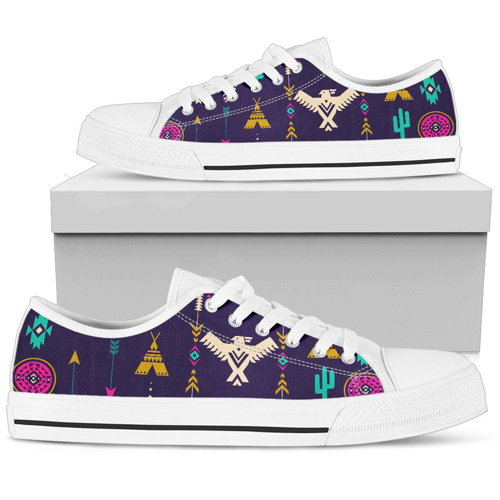 Native American Eagle Indian Pattern Men Low Top Canvas Shoes
