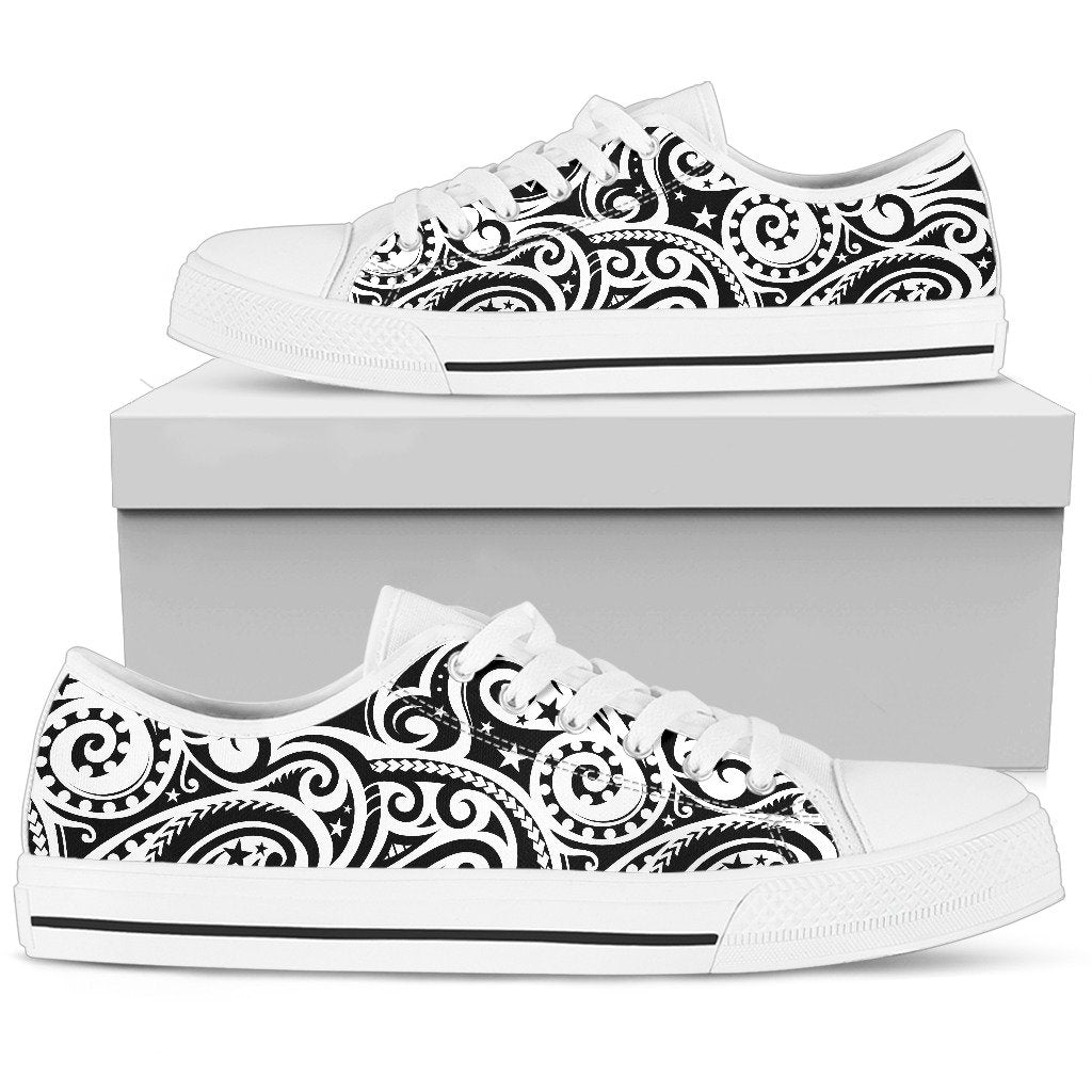Polynesian Traditional Tribal Women Low Top Shoes
